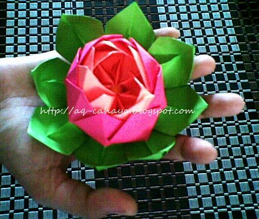 ada tutorial origami bunga teratai