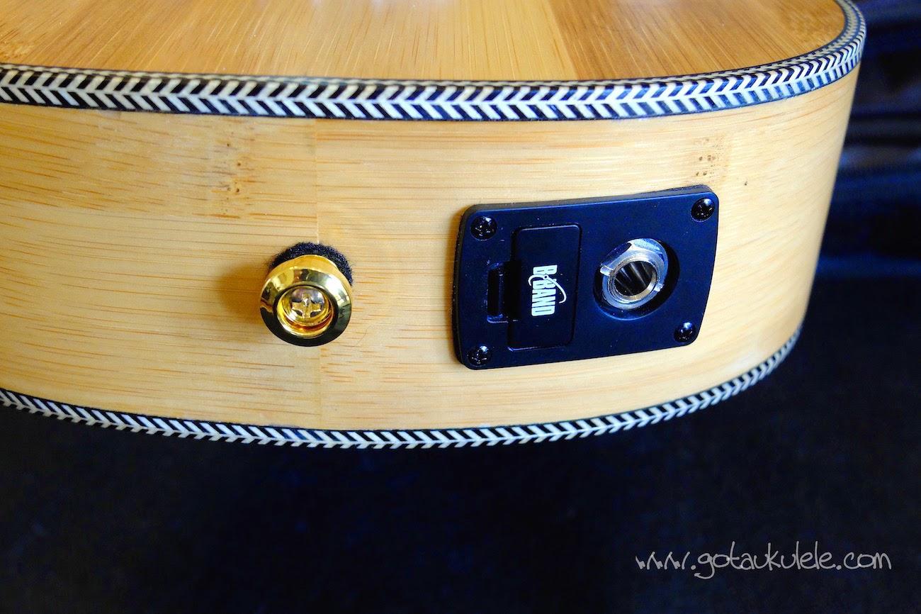 Moselele Solid Electro Bambookulele jack socket