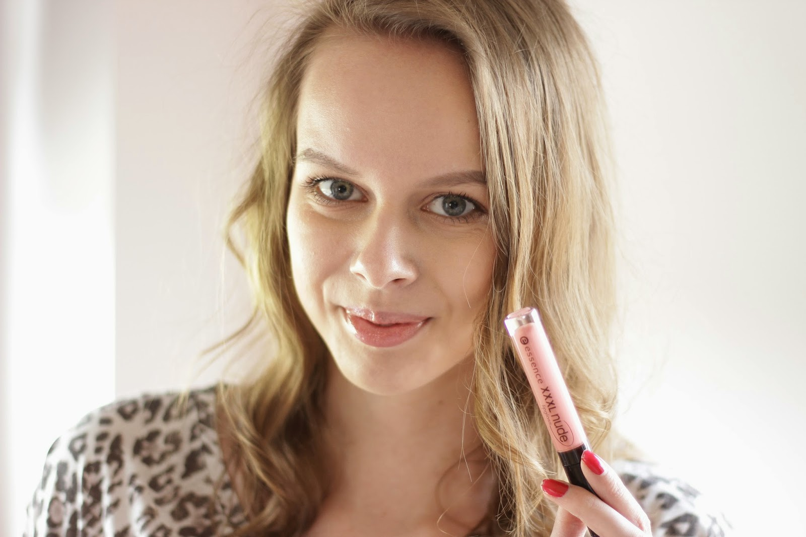 review essence xxxl nude lipgloss
