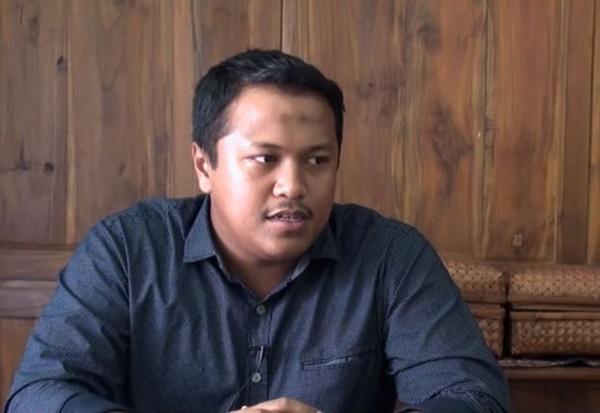 MESTI BACA! DJ Radio Kongsi Kisah Diislamkan Najib