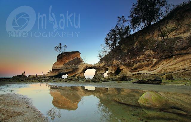 Sunset di pantai Watu Parunu