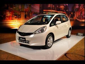 Daftar Mobil Yang Boleh Menggunakan Bbm Premium [ www.BlogApaAja.com ]