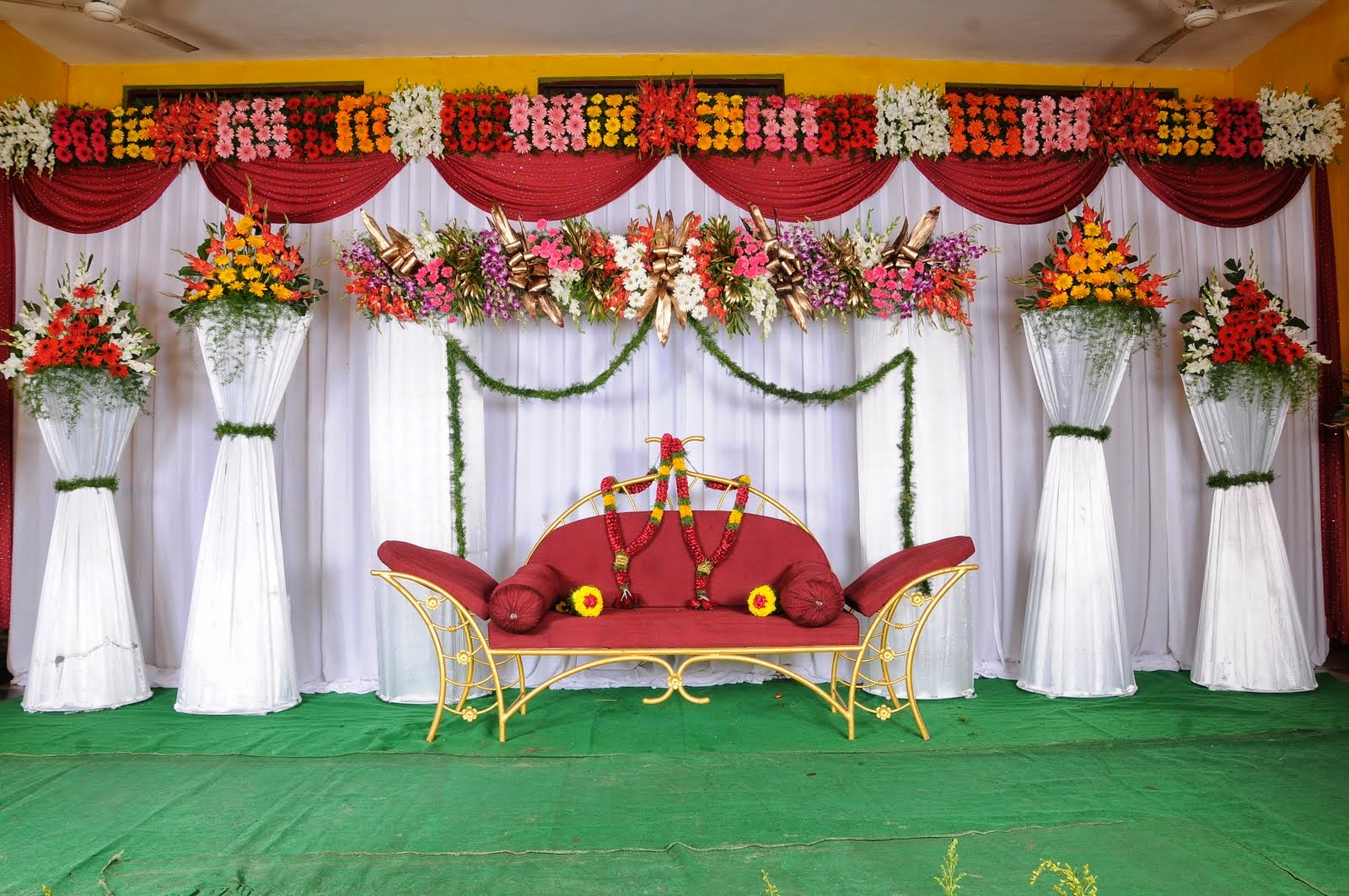 Latest Wedding Stages Decoration Designs Collection 2014 15 | Salaam ...