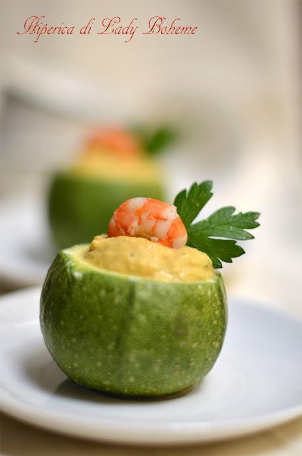 hiperica_lady_boheme_blog_di_cucina_ricette_gustose_facili_veloci_zucchine_ripiene_con_gamberetti_2