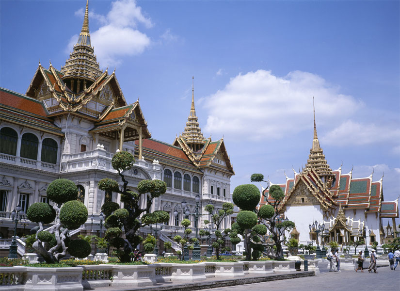 IRBOB SEVENFOLD: Grand Palace In massive palace complex Bangkok  Thailand Tour