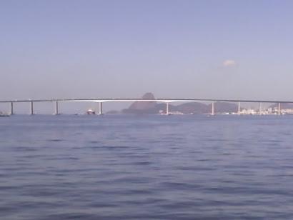 Paisagem da Baia de Guanabara vista Ponte Rio- Niterói !!!