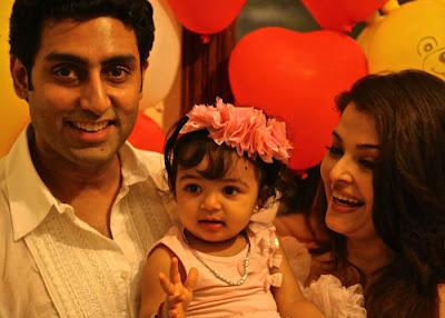 cute aaradhya bachchan abhishek and aishwarya rai