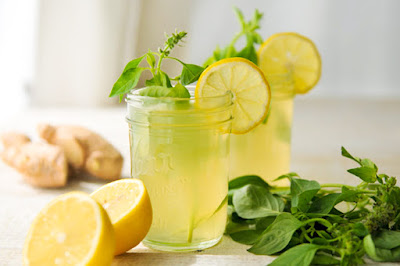 Lemonade ginger, cucumber and Mint for a flat belly