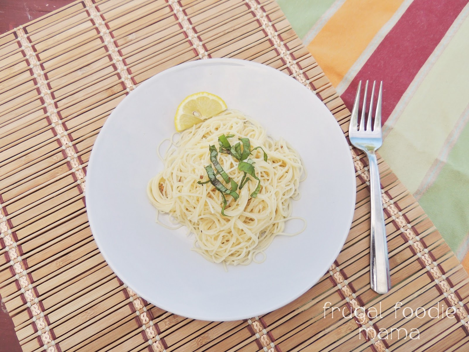 Light & Easy Garlic Lemon Pasta {for Two}: Guest Post