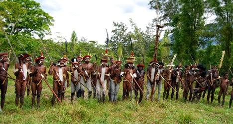 Carstenz Pyramid, Puncak Jaya, montañismo, aventura, vacaciones en Papúa, aventurarse en Papúa, los pueblos indígenas de Papúa, la cultura Papúa,