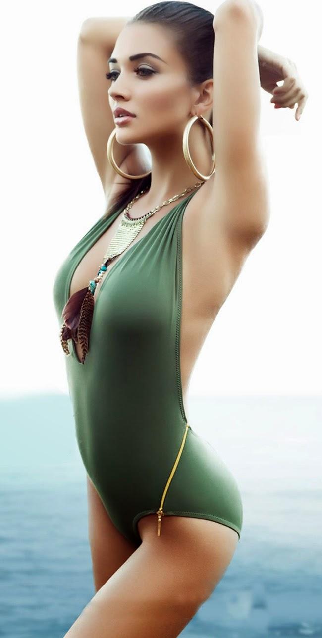 amy jackson bikini pic new