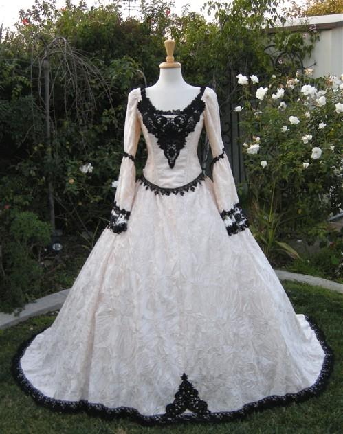 DragonMummas Envy Victorian Gothic Renaissance Wedding Dress