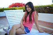Prabhajeet Kaur Glamorous Photo shoot-thumbnail-7