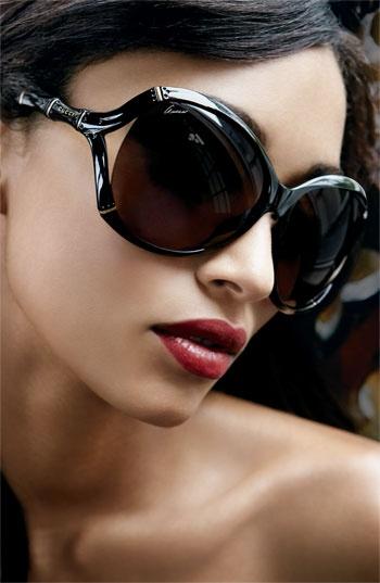Óculos de sol com estilo Gucci