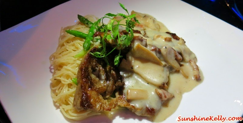 Grilled Iberico Black Pork Steak, Cabecero, With Cider, Bacon, Mushroom Sauce, iMiirage @ Ipoh SoHo, iMiirage, Ipoh soho, ipoh, soho, World's 1st Ambience Dining Experience