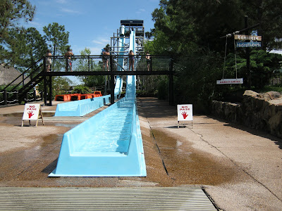 Kamikase waterslide at Acuamania Salto