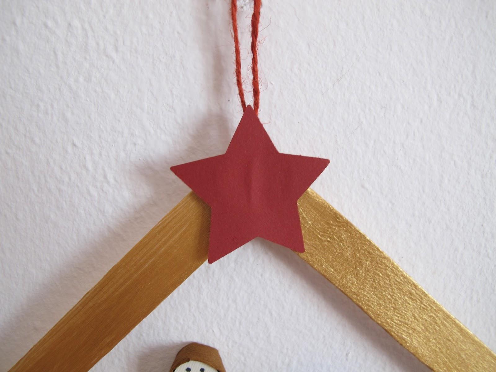 Presepe Con Bastoncini Di Legno : Angolino di liana lavoretto per bambini presepe con bastoncini