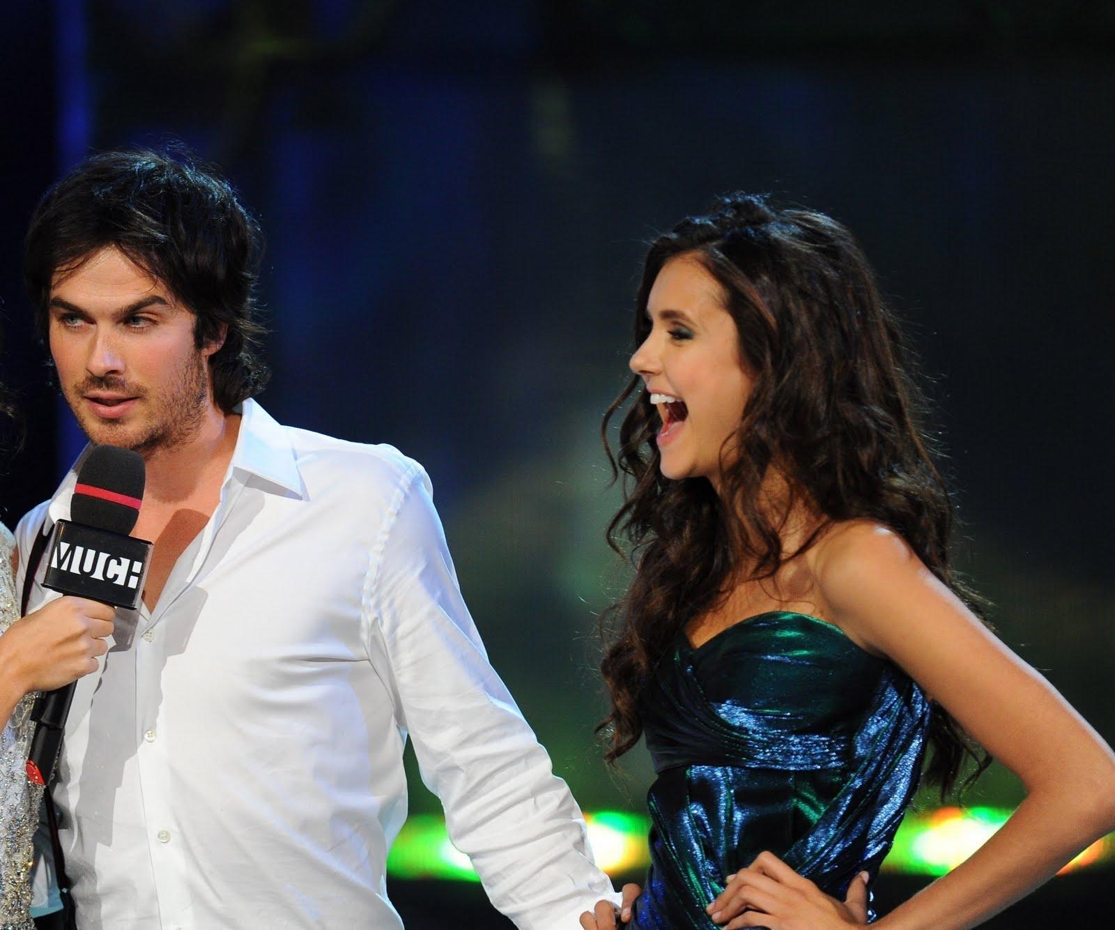 http://2.bp.blogspot.com/-O4WBwdYp2dQ/Tf8oaMmH79I/AAAAAAAAB5Q/WN9wCBb6Y_U/s1600/Nina-Ian-2011-MuchMusic-Video-Awards-nina-dobrev-23042245-2255-1880.jpg