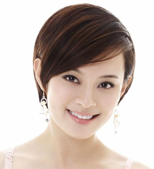 Best Short Bob Hairstyle in Chinese New Year