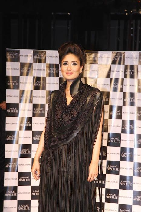 kareena kapoor stopper for designers pankajnidhi lfw 2012. glamour  images