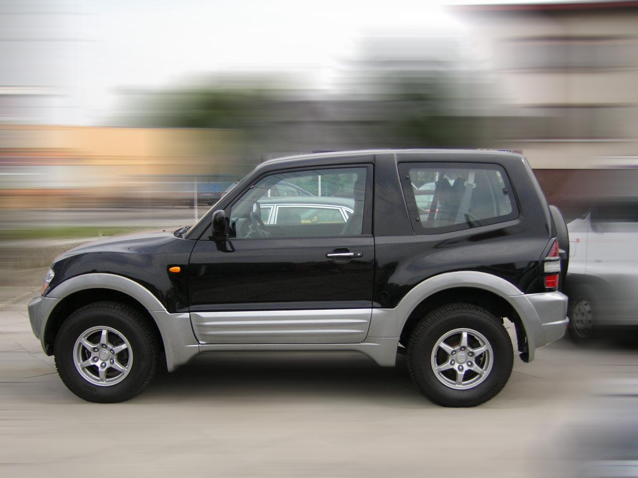 Car Images Mitsubishi Pajero