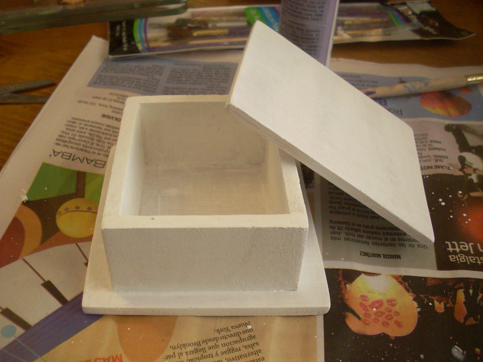 Manualidades de tania caja de madera con virgencita moderna - Manualidades con caja de madera ...