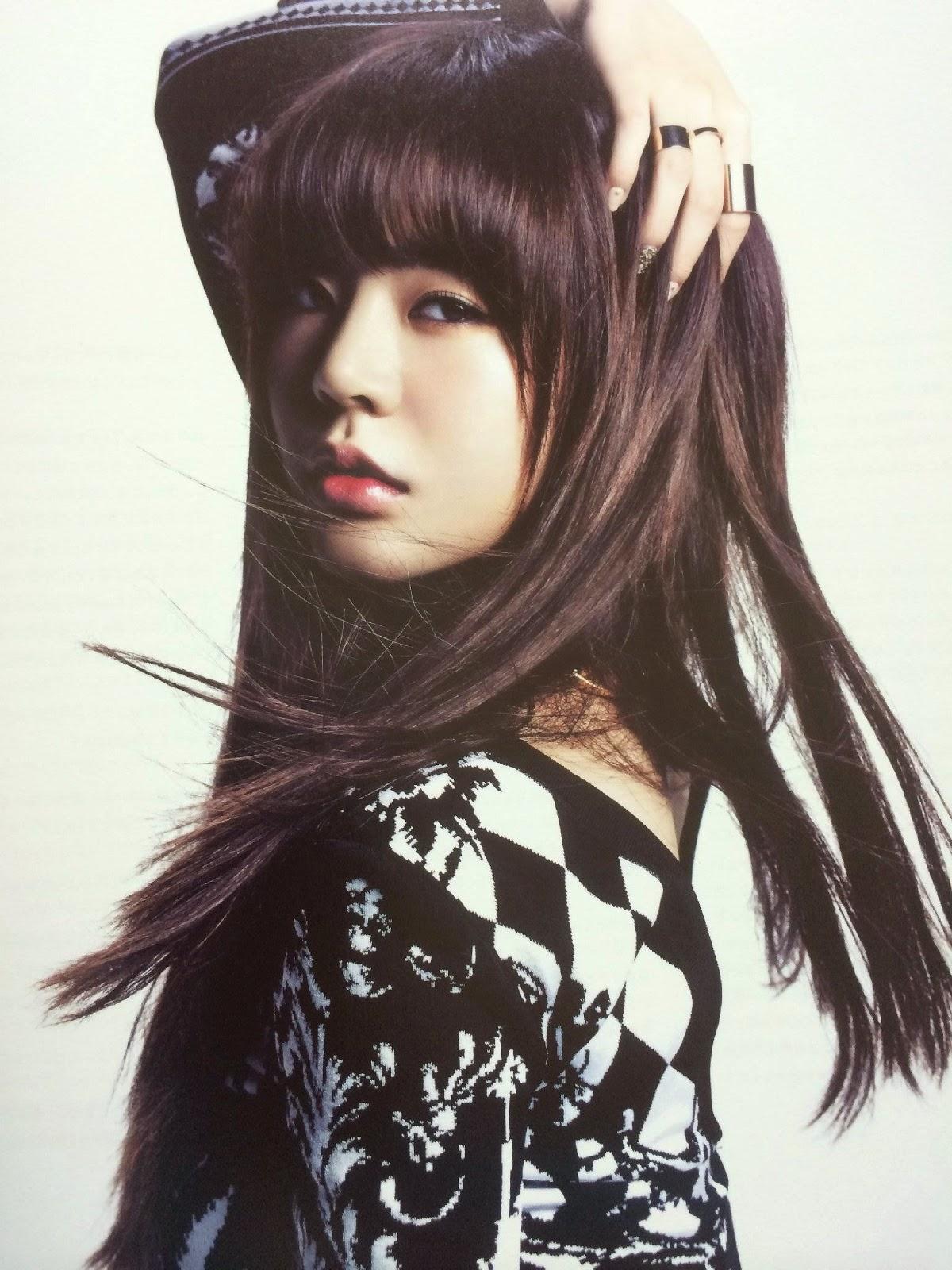 SNSD Sunny (써니; サニー) Girls Generation The Best Scan Photos