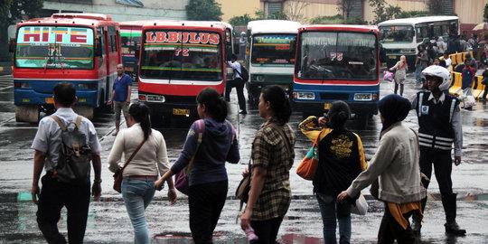 Ahok Mau Semua Angkutan Di Jakarta Segera Pakai E-ticket