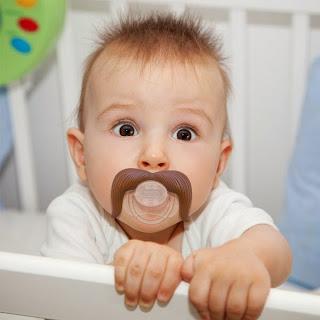 Gambar bayi lucu pakai kumis 12