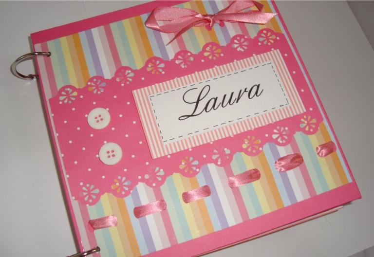 http://wllyjuliana.blogspot.com.br/2012/01/menina-arteira-mini-album-personalizado.html