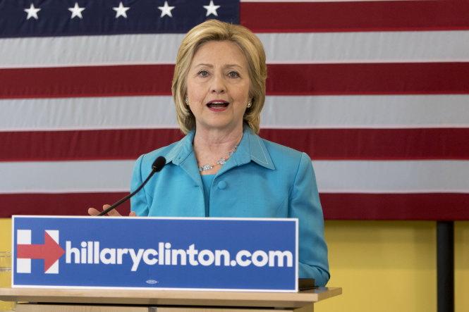 Bà Clinton tuyên bố trở thành Tổng thống năng lượng sạch