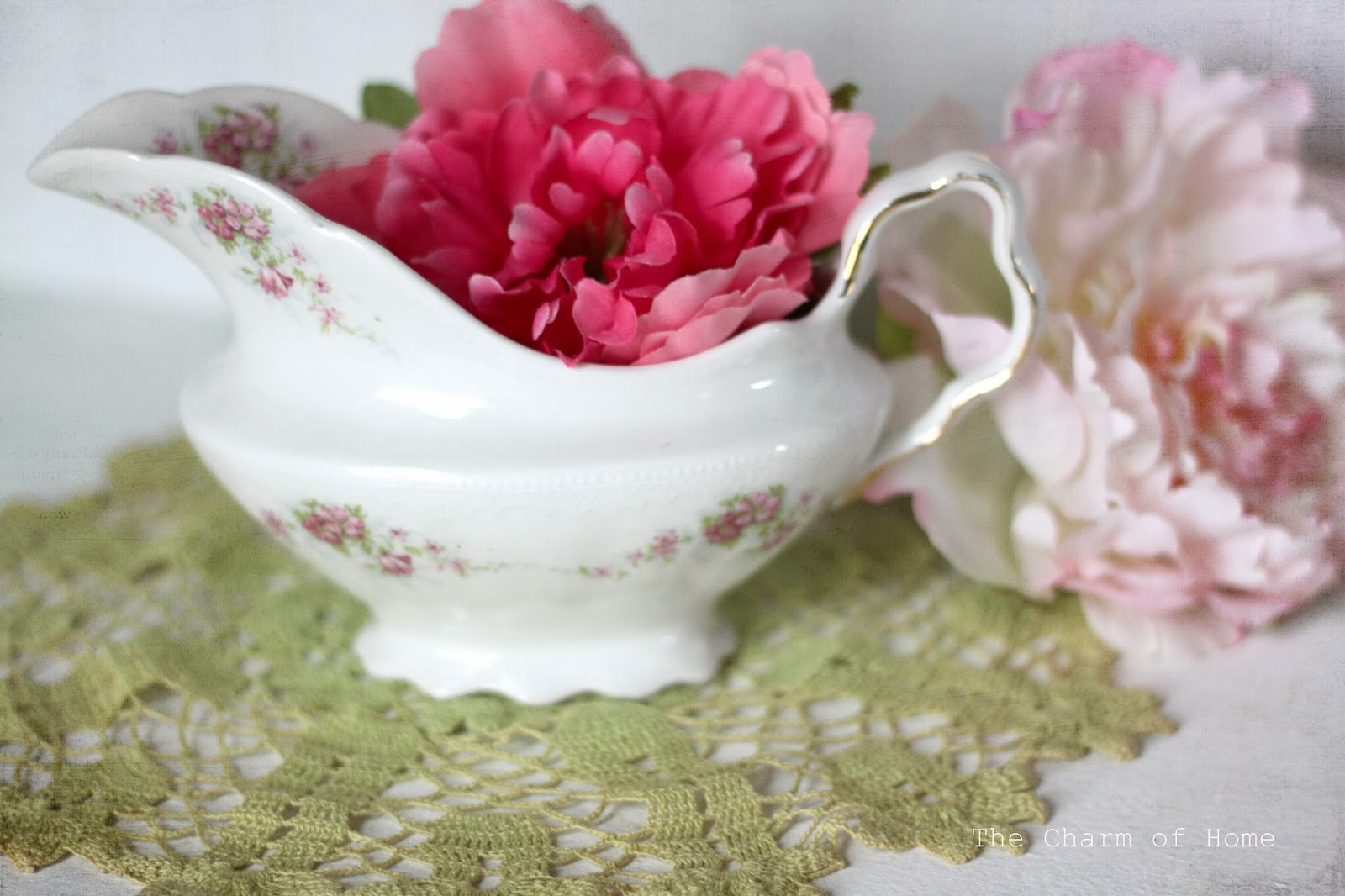 Shabby Chic Creamer, The Charm of Home