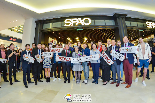 Ribbon cutting ceremony at SPAO Malaysia Grand Opening @ Pavilion KL