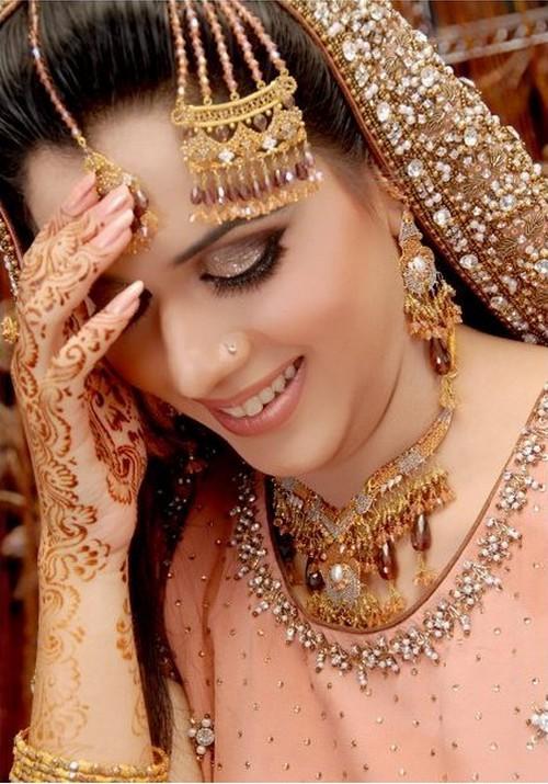 Mehndi Bride Makeup : Pakistani mehndi designs wedding cakes henna tattoos