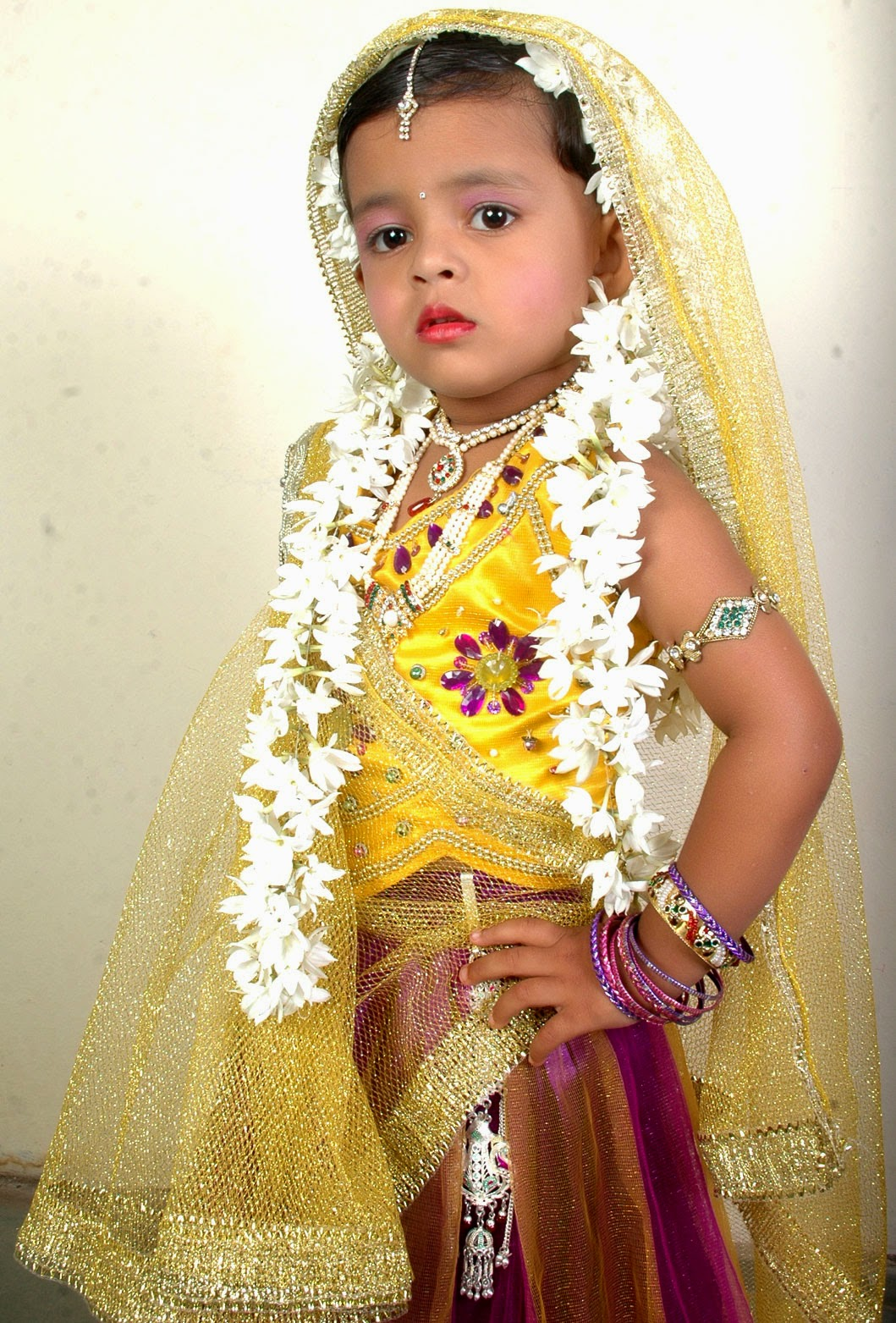 stylish position Indian culture very beautiful cute girl in Indian dress  sc 1 st  sanjayphotoworld.com & Sanjay Photo World: Radha Krishana Cute Kids/Baby