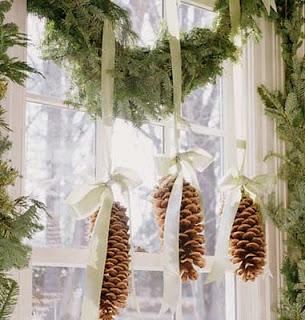 Reciclatex cómo hacer un colgante de decoración con piñas para Navidad