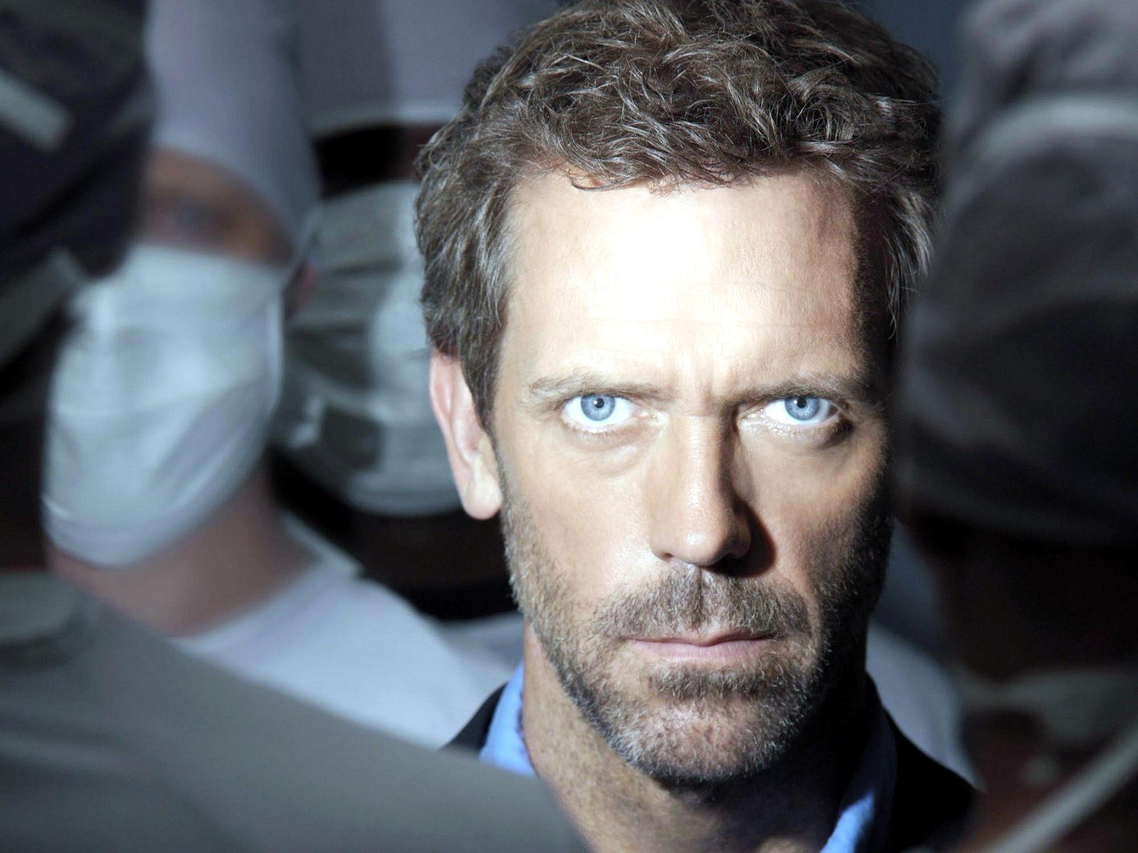 http://2.bp.blogspot.com/-O6Lq9vH18Xw/TYKvia7c1_I/AAAAAAAAAL0/QQf90VhiOOM/s1600/house-md-hugh-laurie-dr-gregory-house-1481.jpg