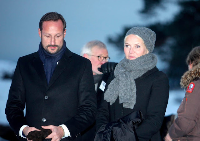 Princess Mette-Marit attends memorial service for victims of the tsunami