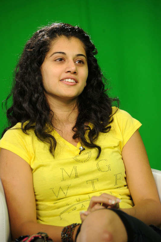 Actress Taapsee Stills Gallery gallery pictures