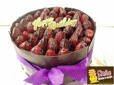 Choco Strawberry surprise..Round 20cm Idr 200.000