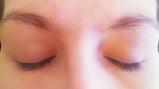 LiLash & LiBrow Serum Before