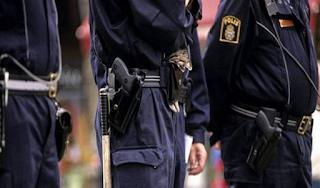"""Σουηδία: Λαθρομετανάστες κυνήγησαν αστυνομικούς που ερευνούσαν ομαδικό βιασμό 10χρονου από """"πρόσφυγες""""!"""