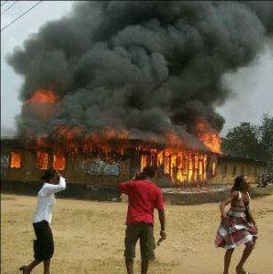 Uniuyo Students Burnt Down School Building after Death of NANS Leaders