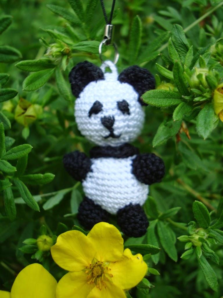 Szydełkowy breloczek Panda