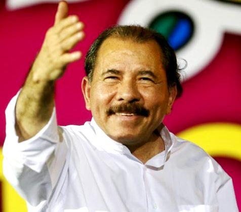 Daniel Ortega con linda sonrisa