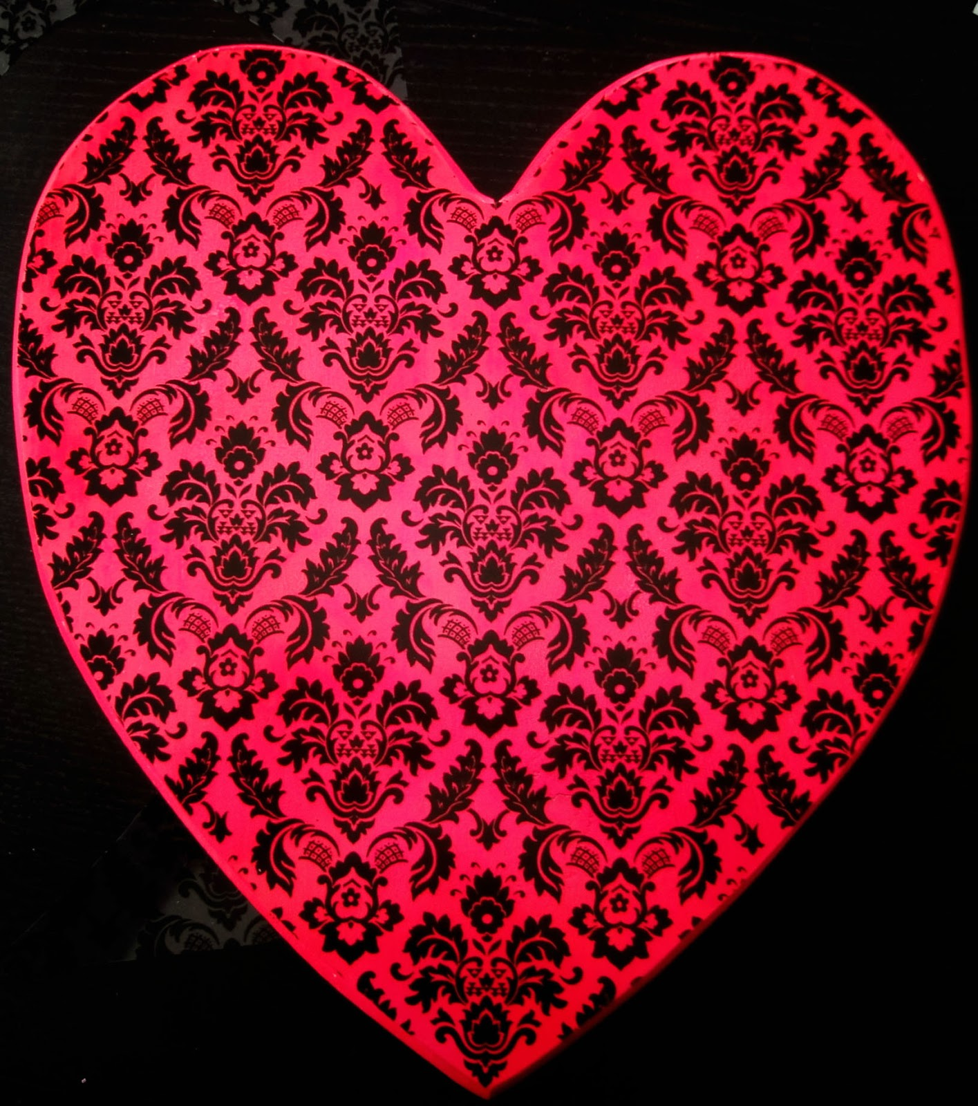 Neon Hearts Blog Neon Pink Wood Heart Decor