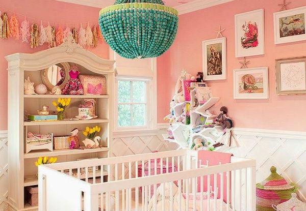 Cuarto decorado para beb ni a colores en casa - Decoracion para habitacion de bebe nina ...