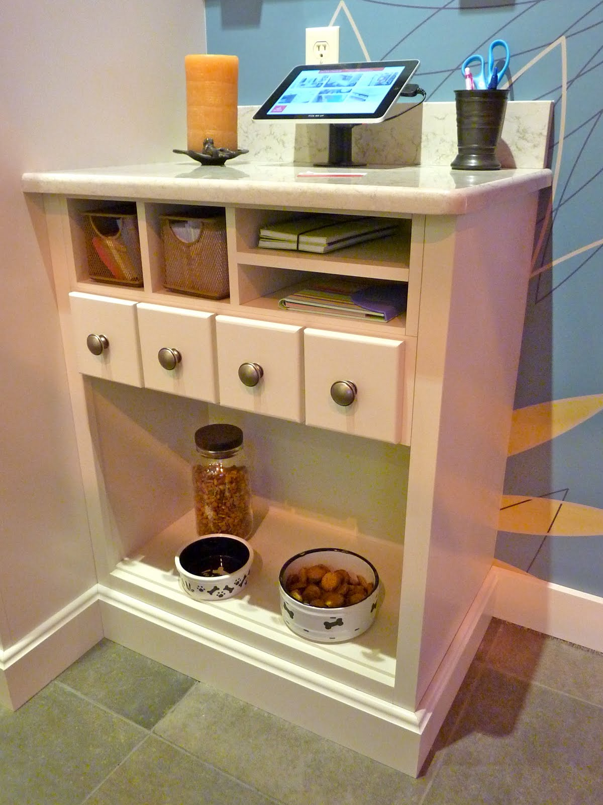 Exceptionnel You Donu0027t Need A Custom Cabinet Line To Achieve Your Pet Center Either. A  Skilled Designer Can Weave Together Elements From A Stock Or Semi Custom  Cabinet ...