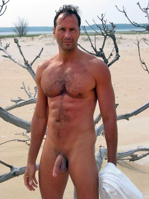 Mature male nudist