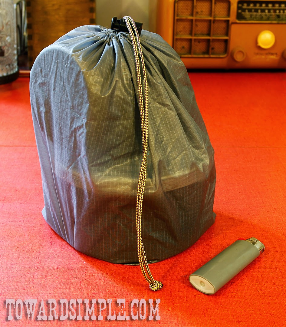 Ultralight ackpacking cookset in silnylon stuff sack